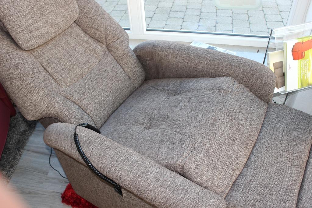 senioren betten segger. Black Bedroom Furniture Sets. Home Design Ideas